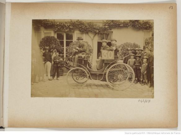 photo 13 n°30 Les fils de Peugeot frères pétrole 3 places