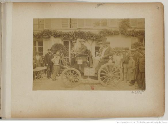 photo 21 n°65 Les fils de Peugeot frères pétrole 4 places