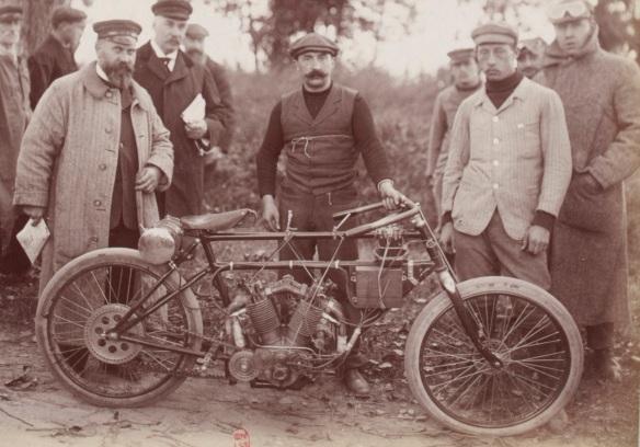 motocycle Clément